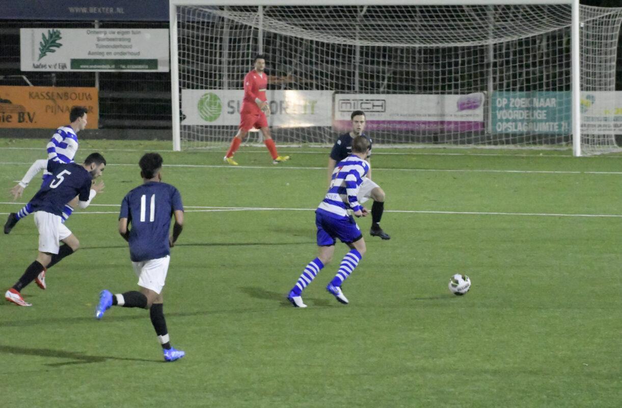 OLIVEO 2 - Zestienhoven 2 voetbal verslag